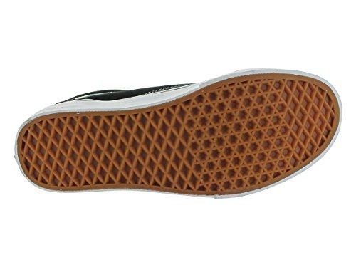 Image of the Vans Unisex Old Skool Black/White Skate Shoe 9 Men US / 10.5 Women US