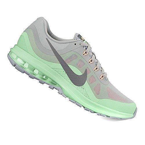 Image of the Nike Women's Air Max Dynasty 2 852445-005 (8)